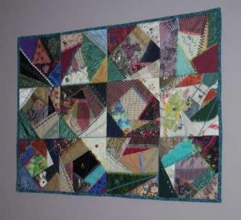 Quilt Hanging Tip: Using 3M Command Strips, by Shirley Wooten